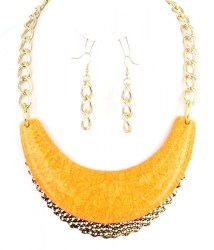 Lacey Crescent Necklace Set