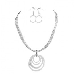 Devi Pendant Necklace Set