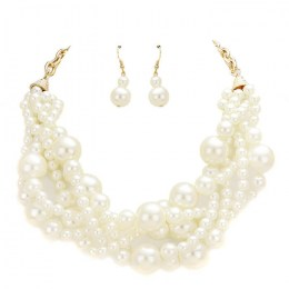 Nicole Pearl Necklace Set