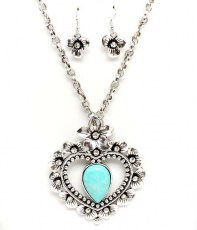 Shakira Turquoise Necklace Set