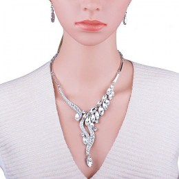Lotye Crystal Necklace Set IV