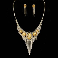 Skylar Rhinestone Necklace Set.