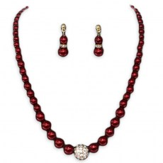 Cara Pearl Necklace Set