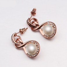 Jo Jo Faux Pearl Earrings 3